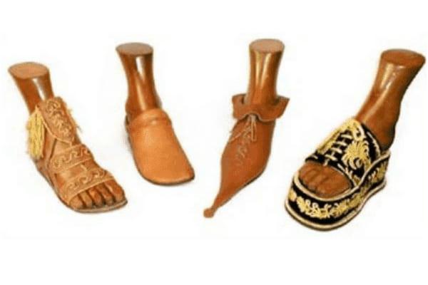 Primeros- zapatos- de- la- historia